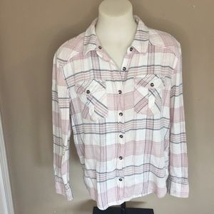 🌴 3/$15 FOREVER 21 Plaid Flannel Pink Top Medium